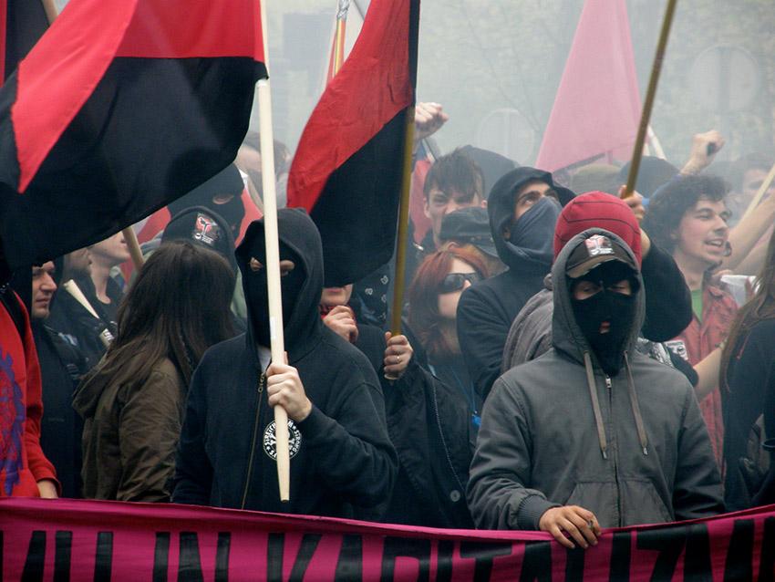 Unterscheidet CDU zwischen gutem und schlechtem Extremismus?
