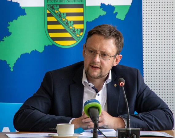 AfD-Antrag: Landlehrer-Quote einführen – Lehrermangel beheben!