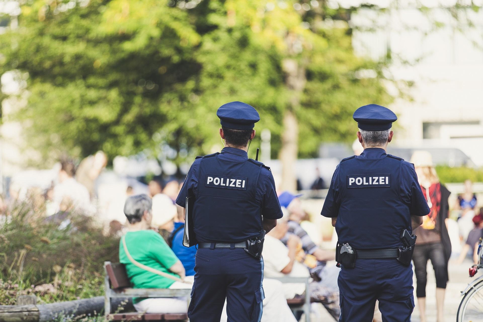 CDU-Innenminister Wöller: Polizei unterstützen statt unter Generalverdacht stellen